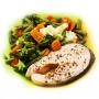 Стейк из лосося с овощами на пару
